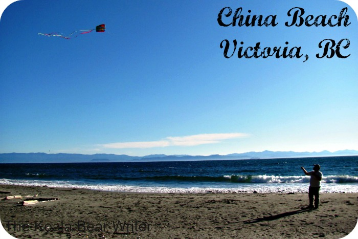 Flying kite at China Beach