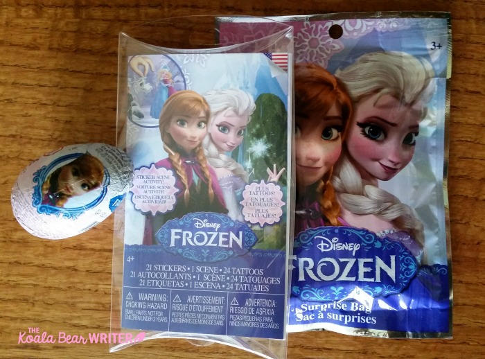 What went into our Frozen goody bags.