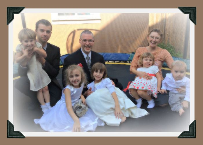 Anna Eastland's family - husband, brother, four daughters, and son