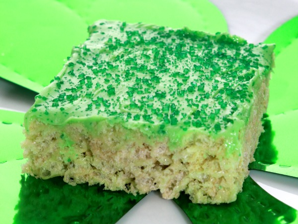 Lucky Shamrock Squares from Yee Little Things blog