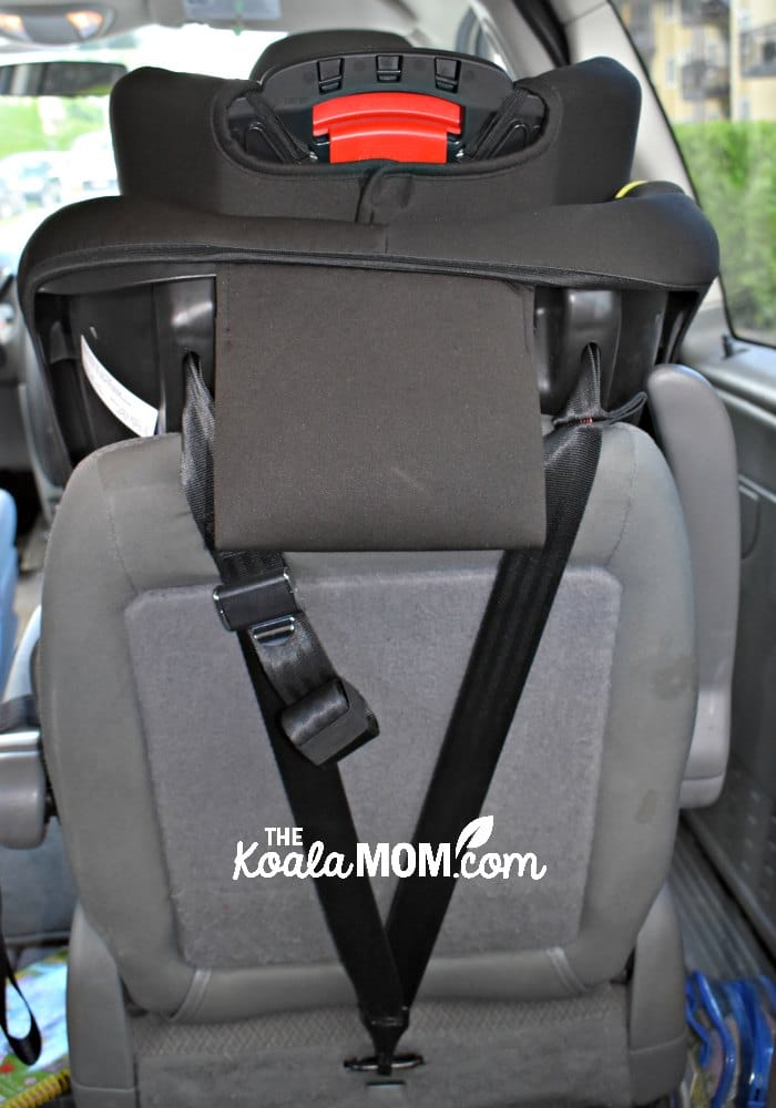The top-back tether on the Britax Emblem forms a V, making it more secure and safe for your child.