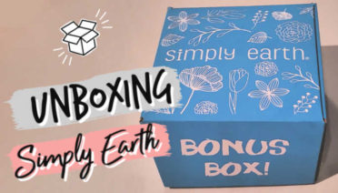 Unboxing my November Simply Earth subscription box and Big Bonus Box.