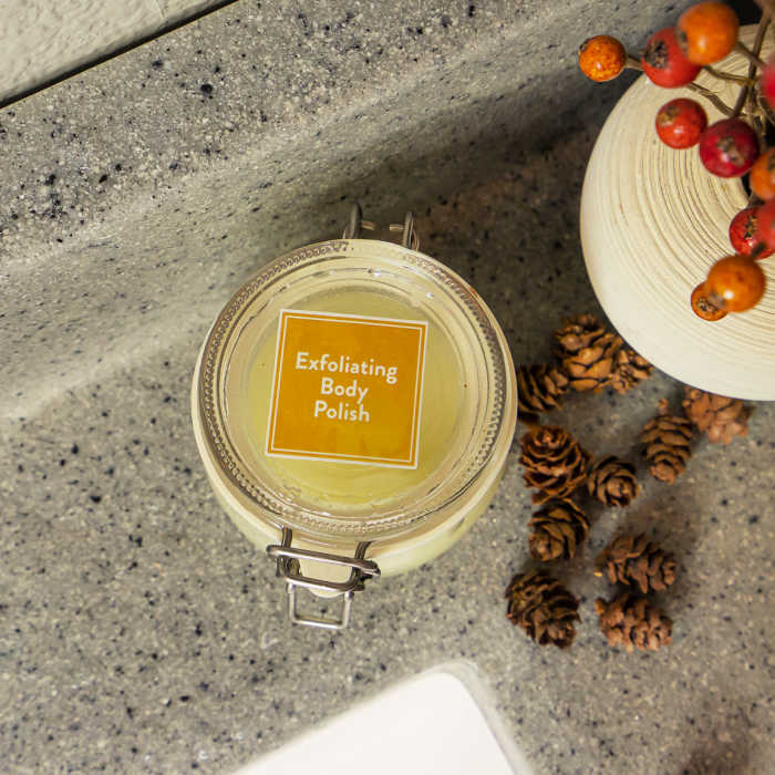 Make your own Exfoliating Body Polish with the October recipe box from Simply Earth.