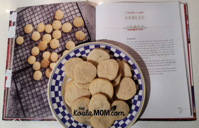 Christmas sables, one of the delicious cookie recipes in the Vatican Christmas Cookbook.